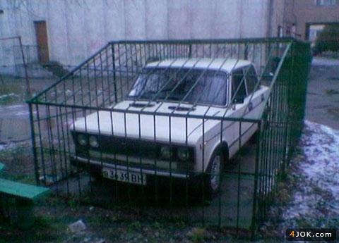 قفس حفاظت از خودرو