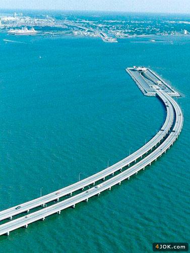 تصویر زیبای از پلی که میره زیر آب