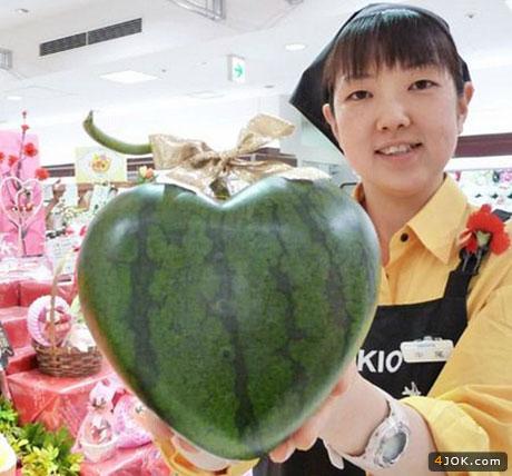 هندوانه با طرح قلب